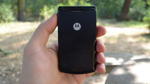 Легенди повертаються: на ринку з'явиться ще один відомий телефон