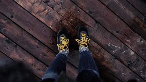 Вчені пояснили, чому розв'язуються шнурівки