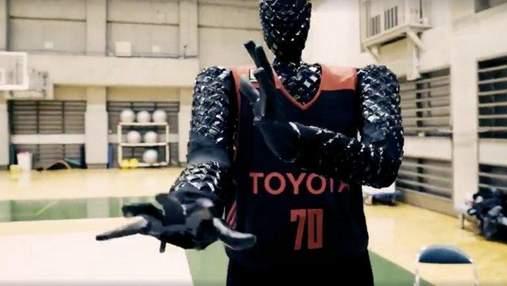 Японцы создали робота-баскетболиста, который выполняет броски не хуже профессиональных игроков