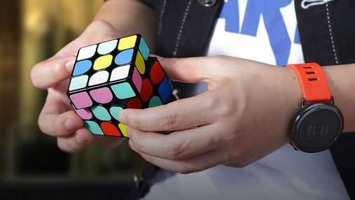 """Xiaomi створила """"розумну"""" версію легендарного Кубика Рубика"""