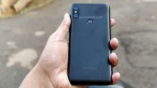 Смартфон Motorola One Power отримав дуже потужну батарею