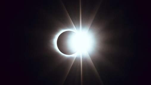 NASA проводить трансляцію найдовшого місячного затемнення: відео