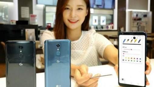 LG представила недорогой смартфон Q8 (2018) со стилусом