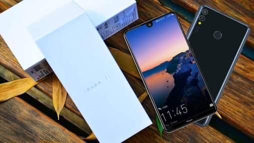 Компанія Huawei офіційно представила смартфон-велетень Honor 8X Max та Honor 8X: огляд, ціна