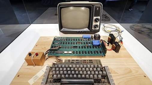 На аукционе продали первый компьютер Apple: фото и возможности устройства