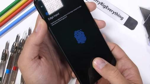 Смартфон OnePlus 6T пройшов тест на міцність: відео