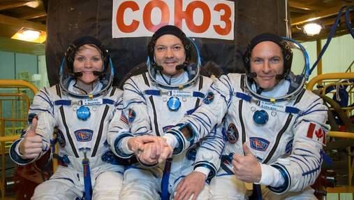 """Ракету """"Союз"""" із астронавтами на борту запустили до МКС: відео"""