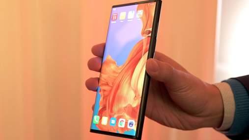 Гнучкий смартфон Huawei Mate X представили офіційно: характеристики та ціна