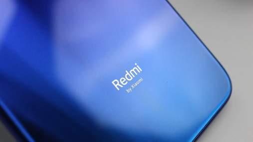 """Redmi готує до випуску нового """"вбивцю флагманів"""": деталі та перші фото на камеру"""