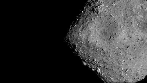 Науковці отримали нові знімки із поверхні астероїда Рюгу: фото та відео