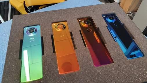 Смартфон Essential Phone получил очень неординарный дизайн