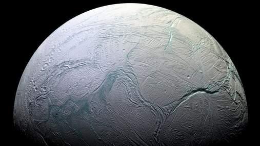 Исследователь NASA предлагает искать жизнь на спутнике Сатурна