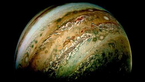NASA показало новые невероятные снимки Юпитера: фото