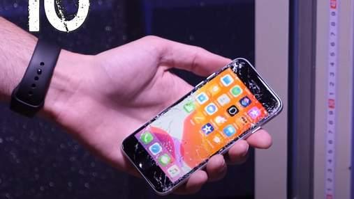 iPhone SE (2020) оказался крепче iPhone 11 Pro Max: видео дроп-теста