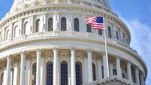 Сенат допитав глав Twitter, Google і Facebook з приводу цензури і модерації контенту