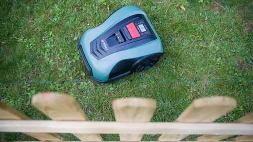 В Германии вор хотел похитить робота-газонокосилку: как устройство предотвратило это