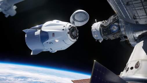 Компания Axiom Space подписала контракт с первыми космическими туристами для отправки на МКС