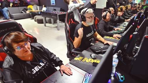 Состоялся матч с CS: GO: соревновались ветераны АТО и команда 55 + Ageless Shooters