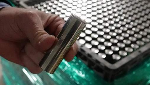 """Panasonic начнет выпуск прототипов """"бисквитных"""" батарей для Tesla"""