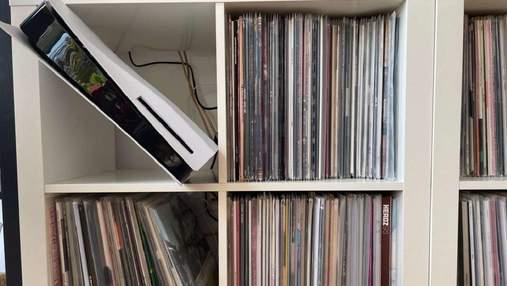 Куда поместится моя консоль: IKEA создала картонные копии PS5 и Xbox Series X