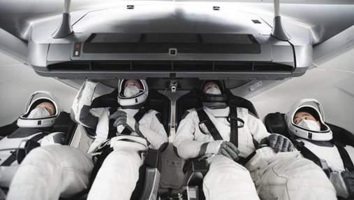 На МКС астронавты встретятся: NASA и SpaceX анонсировали второй запуск пилотируемого корабля