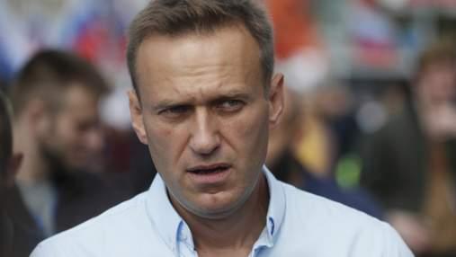 Youtube блокував відеорозмову Навального з його отруйником