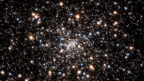 Телескоп Hubble виявив скупчення маленьких чорних дір: відео