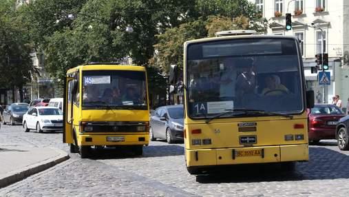 Відстежити автобус неможливо: у громадському транспорті Львова не працюють GPS-трекери