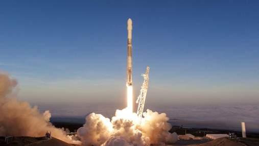SpaceX запустила очередные 60 спутников Starlink и успешно вернула ракету, летавшую в шестой раз