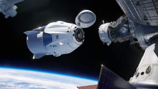 Корабль SpaceX с астронавтами NASA пристыковался к МКС