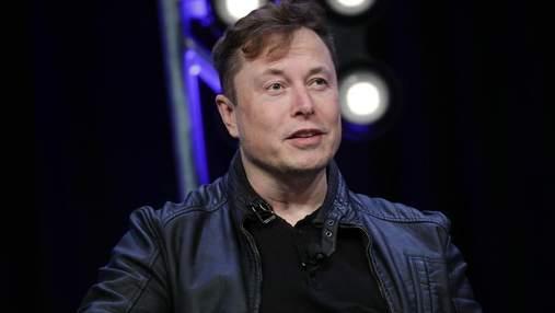 Перед колонизацией Марса нужна база на Луне, считает Маск