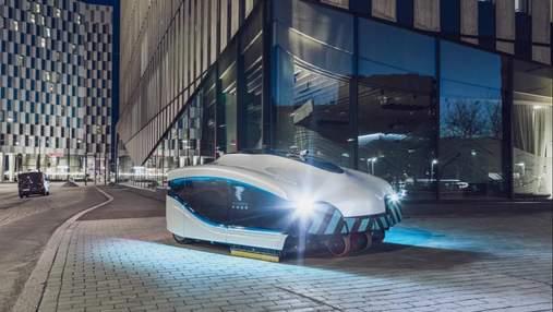 Услуги коммунальщиков теперь не нужны: в Хельсинки на улицах появился робот-пылесос