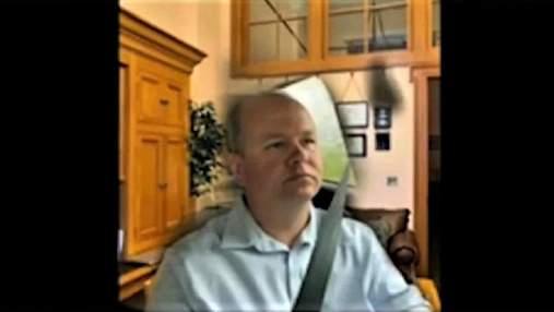 Американский сенатор ехал за рулем во время важной видеоконференции: он притворялся, что дома