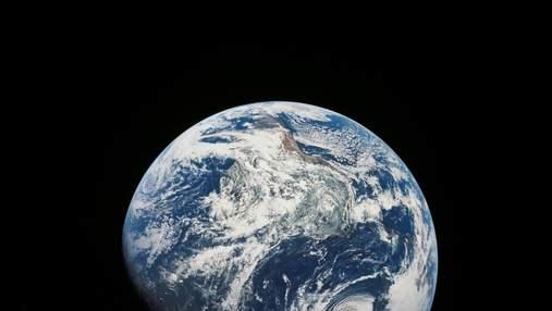 Яку форму має Земля