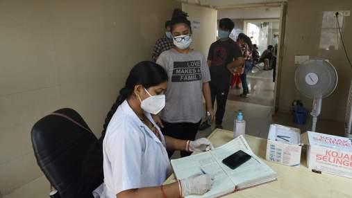 В Індії просять видалити згадки про індійський штам COVID-19 з соцмереж через шкоду іміджу