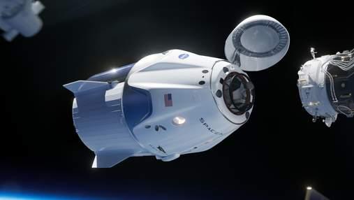 """Навіщо """"Союз"""", якщо є батут: NASA припинить купувати місця на російських космічних кораблях"""