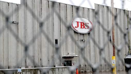 Американская мясоперерабатывающая компания JBS возобновила работу после атаки хакеров из России