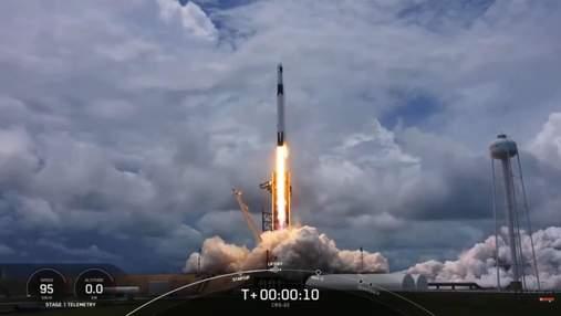SpaceX успешно запустила корабль Dragon с грузом для экипажа МКС
