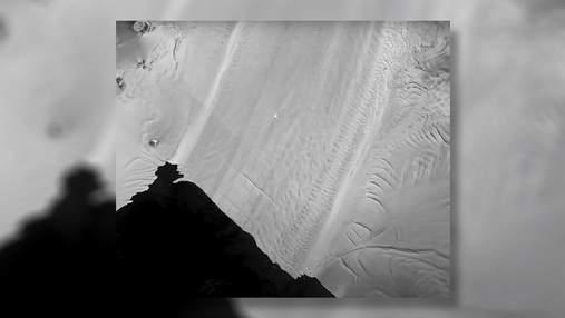 Танення антарктичного льодовика показали на timelapse-відео