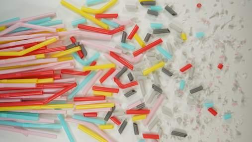 Чешские ученые создали крошечных роботов, которые разрушают микропластик