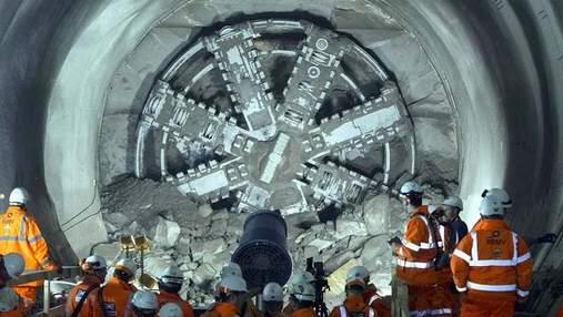 У Илона Маска новая идея: Boring Company может взяться за еще одни тоннели
