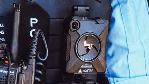 Працівників Apple змусять носити нагрудні камери для запобігання витоків, – ЗМІ