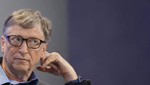 """Білл Гейтс влаштовував голі вечірки в басейні й """"швидко напивався"""": нові  подробиці його життя"""