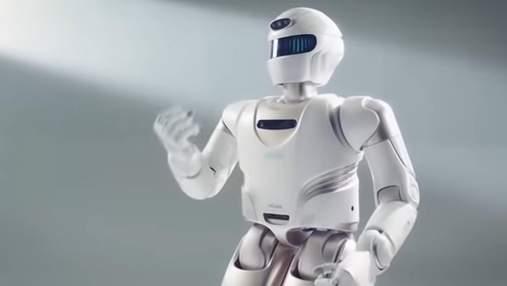 Китайці показали прототип домашнього людиноподібного робота: на що він здатен