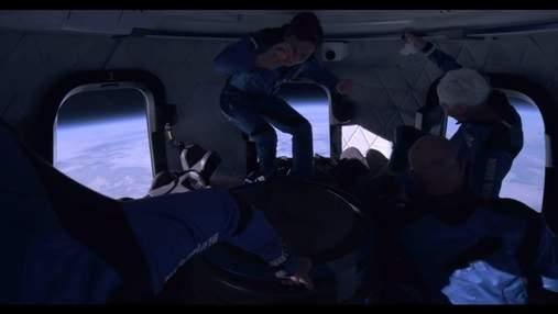 Джефф Безос опублікував відео з капсули під час польоту у космос