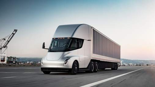 Автономні електровантажівки Tesla Semi готові до серійного виробництва