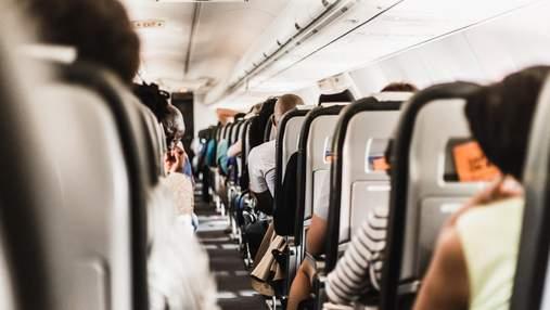 Жарт підлітка з Apple AirDrop призвів до евакуації літака