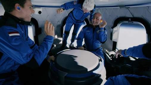 Космический туризм становится реальностью: Брэнсон и Безос заложили начало новой эпохи