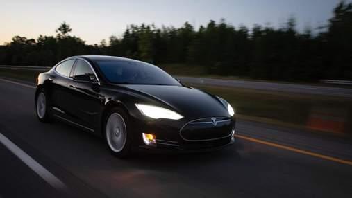 Сгорел весь дом: Tesla Model S вспыхнула во время ночной подзарядки