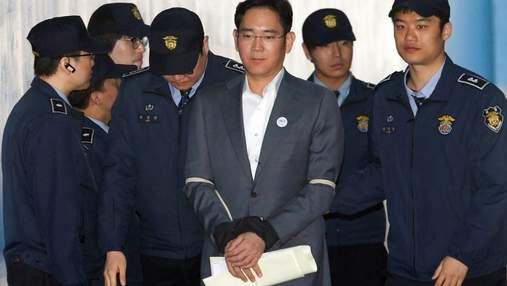 Очільника Samsung, засудженого за хабарі, достроково випускають на свободу